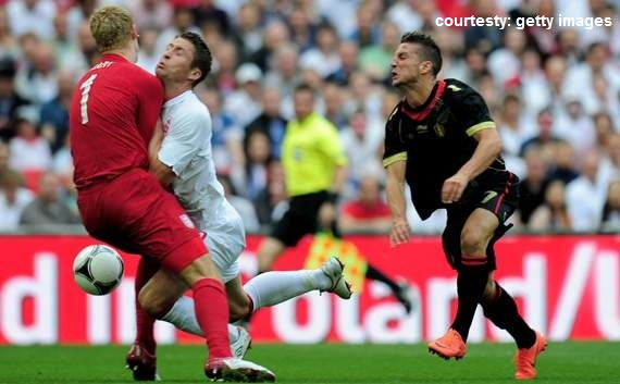 England Euro 2012: Gary Cahill out, Martin Kelly in