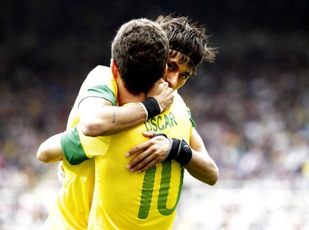 Neymar-a'n Chelsea a zawm theih nan ka thlem mek: Oscar