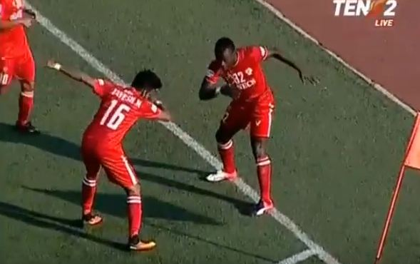AIZAWL FC KULHPUI RG STADIUM; AN KHELMUALAH HNEH LOH LA TAWNG LO